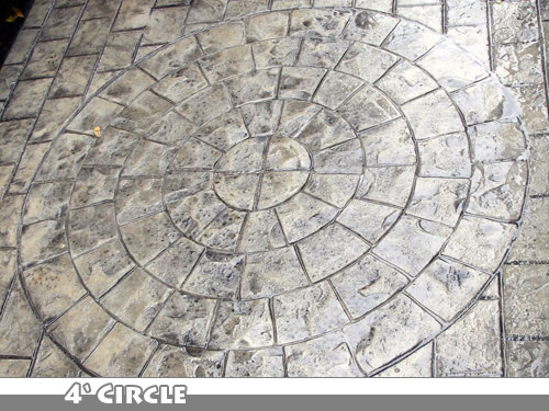 4 Foot Circle Stamped Concrete Walkway